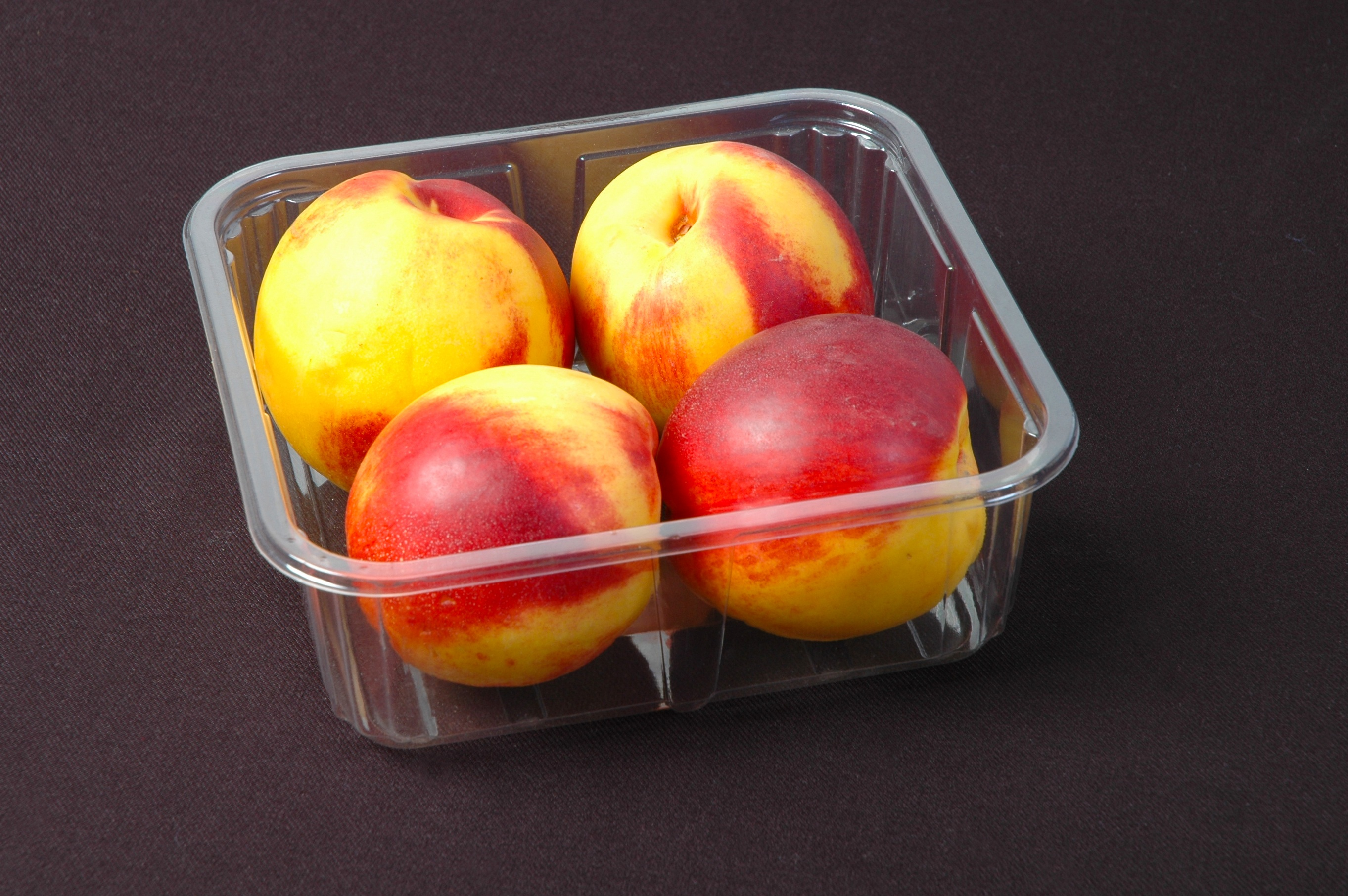 PACKAGING FEATURES AND FOOD WASTE